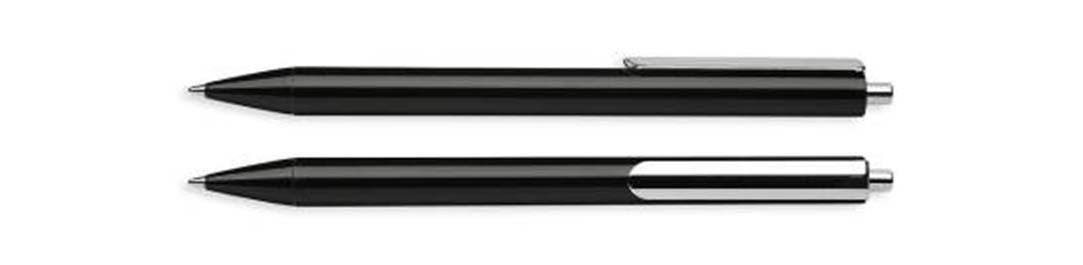 Шариковая ручка SCHNEIDER EVO черная не прозрачная