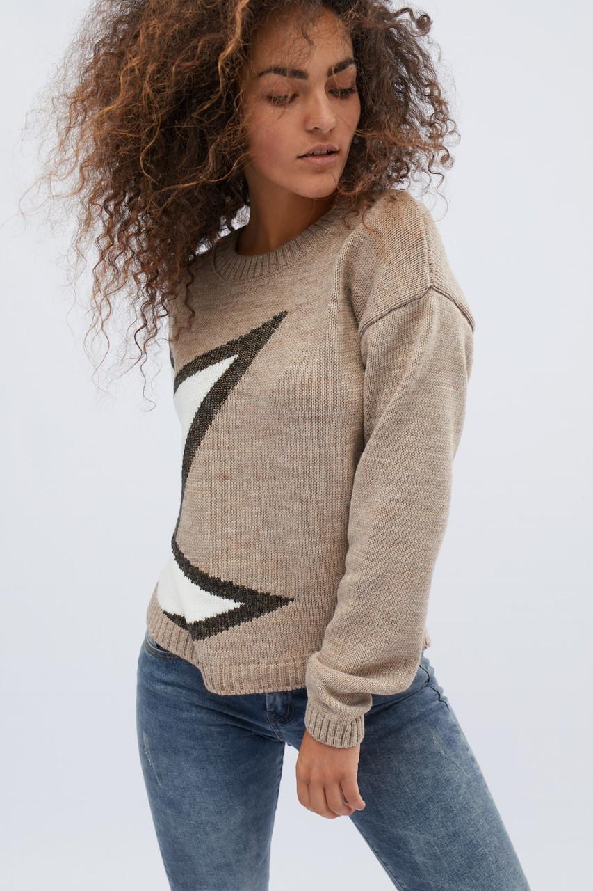 Женский свитер с узором бежевый