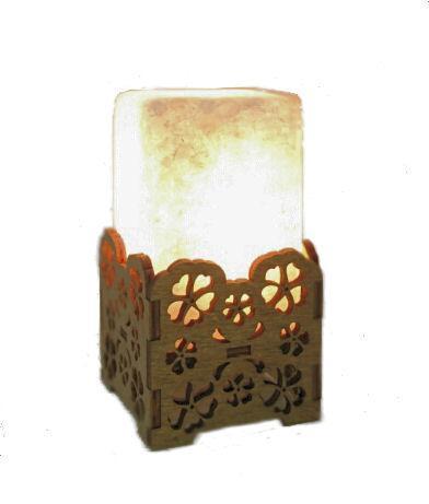 Соляной светильник  камин цветы