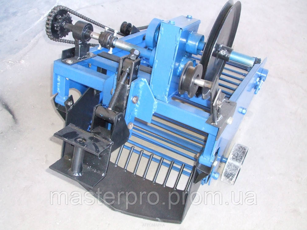 Картофелекопатель механизированный КРТ-2 (КРОТ-2)