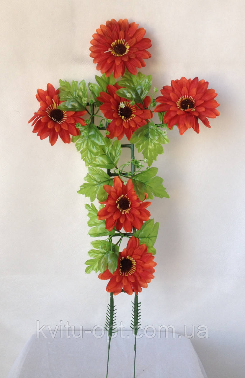 Крест с цветами ритуальный, гербера с усиками в срединке