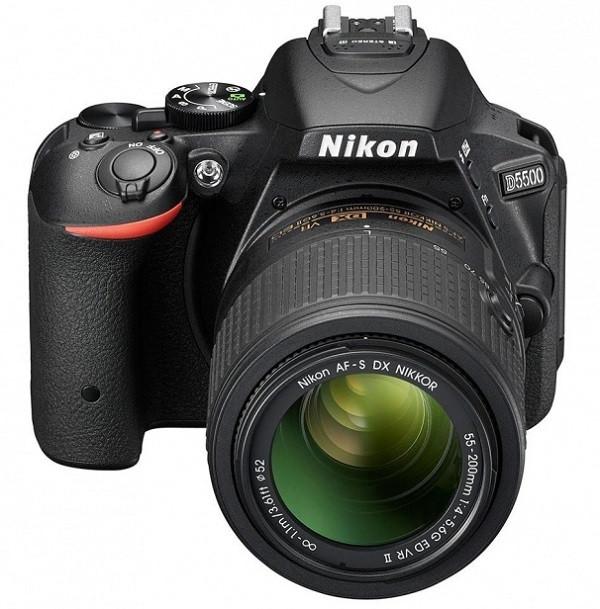 Компания Nikon официально представила свою новую зеркальную камеру D5500.