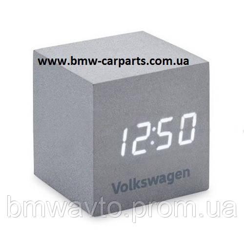 Будильник Volkswagen Logo Cube Alarm Clock