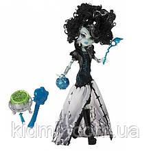 Кукла Monster High Фрэнки Штейн (Frankie Stein) из серии Ghouls Rule Монстр Хай