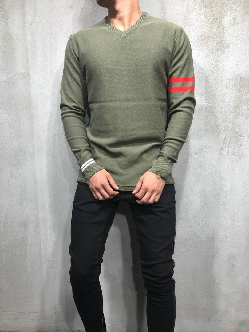 Пуловер мужской оливковый
