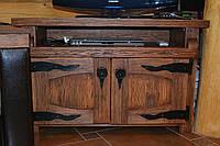 Комод под старину для ТВ ( с кованными деталями под TV)
