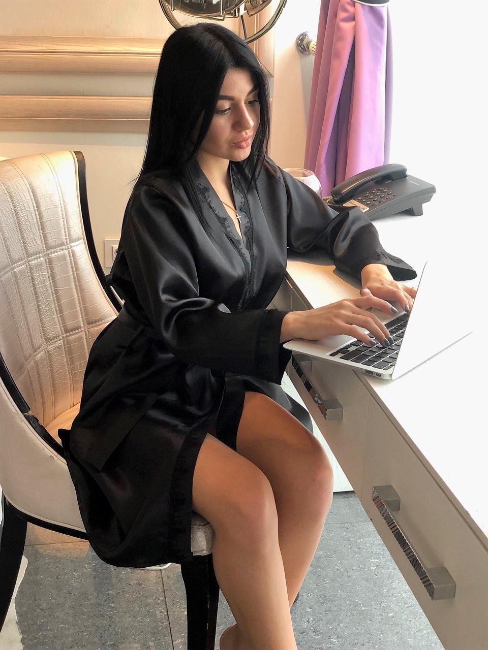 Элегантный черный халат из атласа, женская домашняя одежда ТМ Exclusive