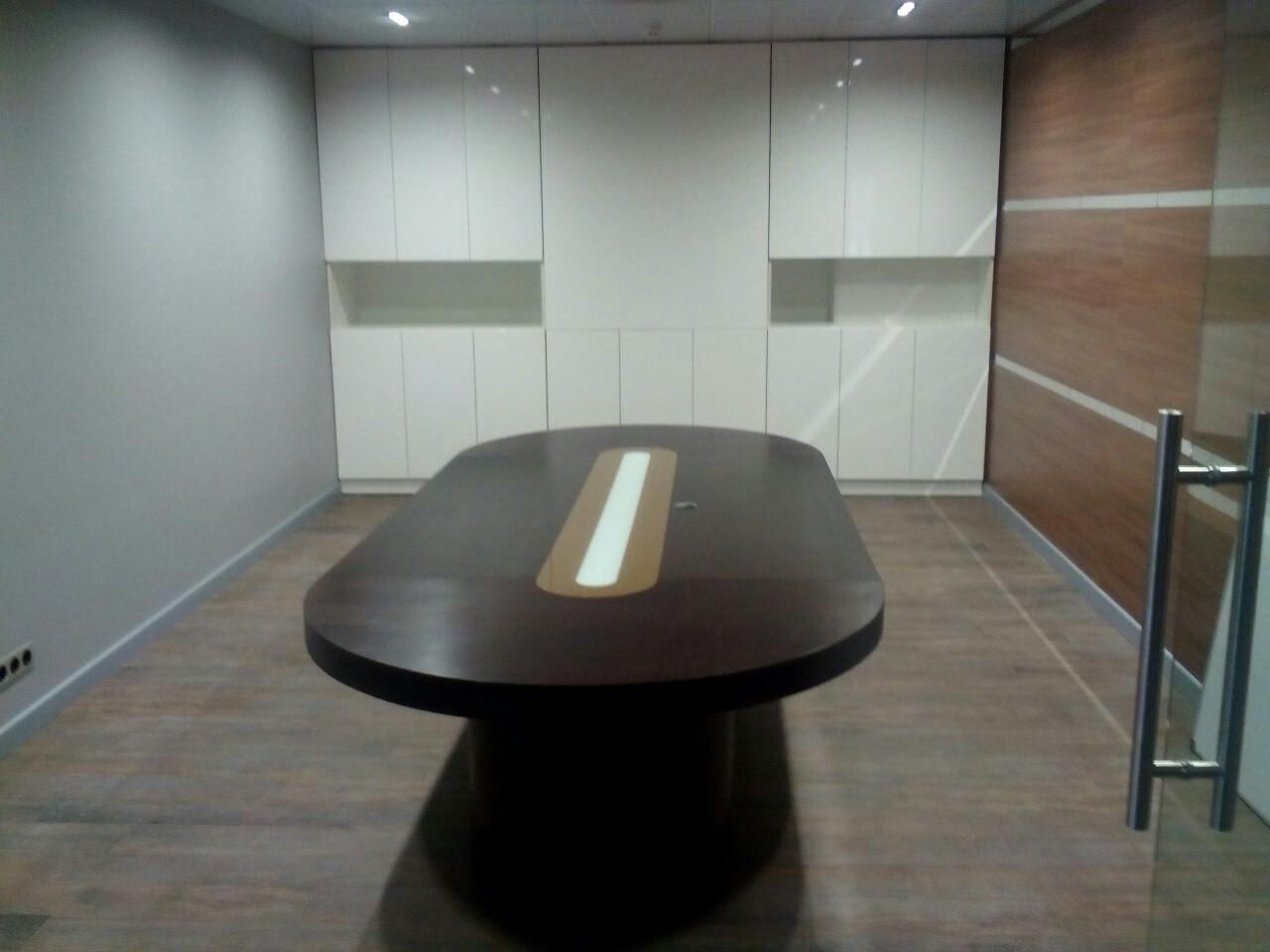 Мебель для кабинета по индивидуальным проектам.