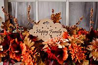 Деревянная табличка - ночник Happy Family - полезный подарок и стильный декор для дома