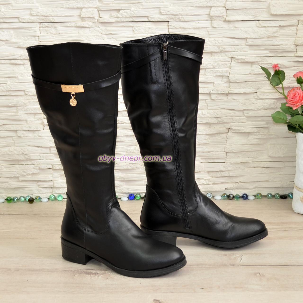 Сапоги женские зимние на невысоком каблуке, натуральная кожа черного цвета