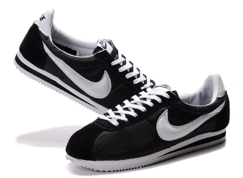 Nike Cortez кроссовки женские черного цвета