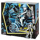 Набор Monster High Boltin' Bicycle Frankie Stein Doll & Vehicle  Фрэнки Штейн и велосипед  Эвер афтер хай, фото 4