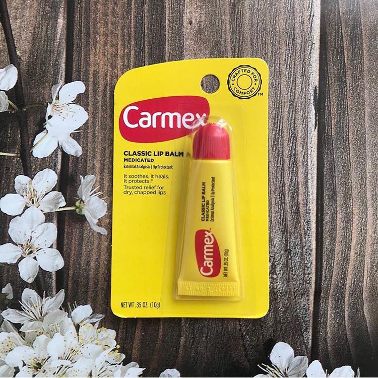 Бальзам-гель для губ против обветривания и шелушения, с лечебным эффектом,  Carmex
