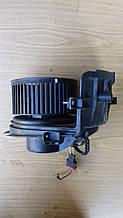 Моторчик печки  Volkswagen Polo 6 N Valeo 6N1820021