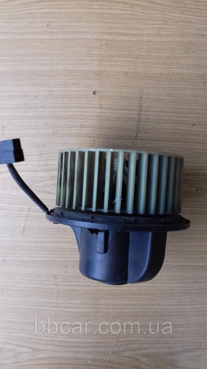 Моторчик пічки Audi 90 Bosch 893819022