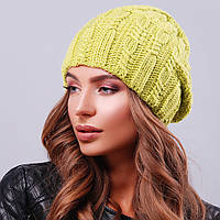 Элегантная вязаная женская шапка