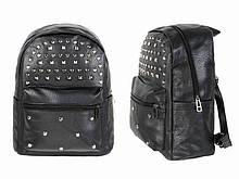 Черный рюкзак с заклепками кожзам