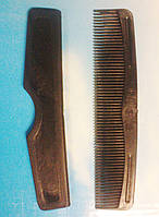 Расчёска мужская в футляре.