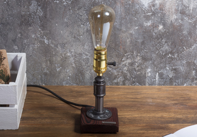 Настольная лампа в стиле лофт T_35