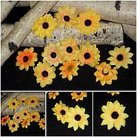 Яркие головки подсолнух, 12 шт.,  диаметр цветка 4 см., 25/20 (цена за 1 уп. + 5 гр.)