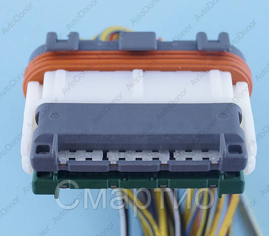 Разъем электрический 24-х контактный (43-12) б/у