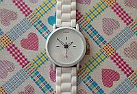 Женские наручные часы MILLER
