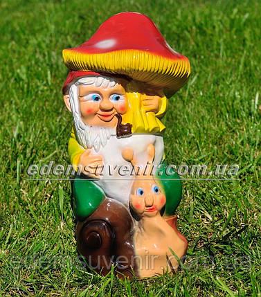 Садовая фигура Гном с грибом малый, фото 2