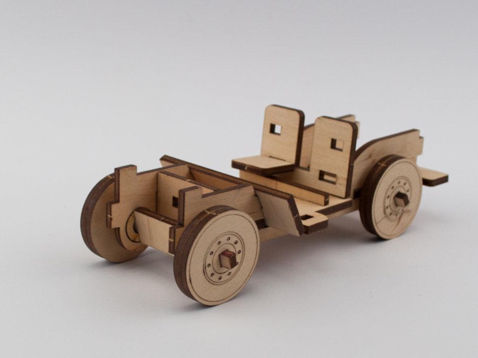 Деревянный 3Д конструктор Джип Виллис 40 деталей (286234)