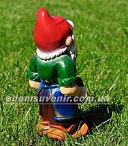 Садовая фигура Гном кузнец малый, фото 3