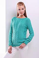 Женский вязаный свитер с узором в косичку и горловиной-лодочкой зеленый