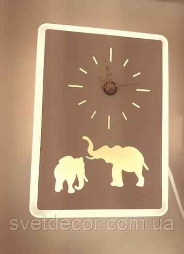 """Настенные часы с подсветкой """"Слоники"""""""