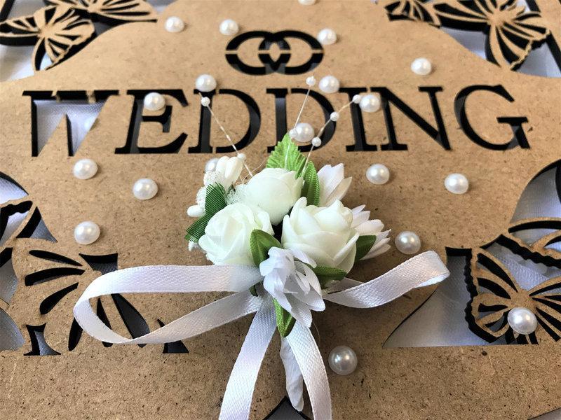 Свадебная бутоньерка Bonita белая (102)
