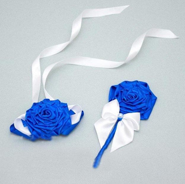 Набор свадебных бутоньерок Bonita ленты сине-белый