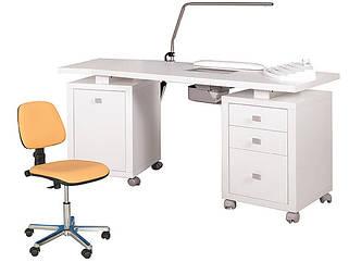 Маникюрные столы
