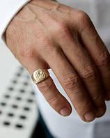 На каком пальце мужчина должен носить позолоченную печатку?