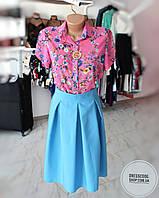 Блуза яркая в цветочки с коротким рукавом