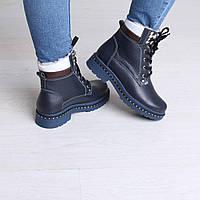 Женские ботинки утепленные на овчине
