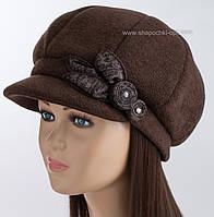 Женская кепка на флисе коричневого цвета