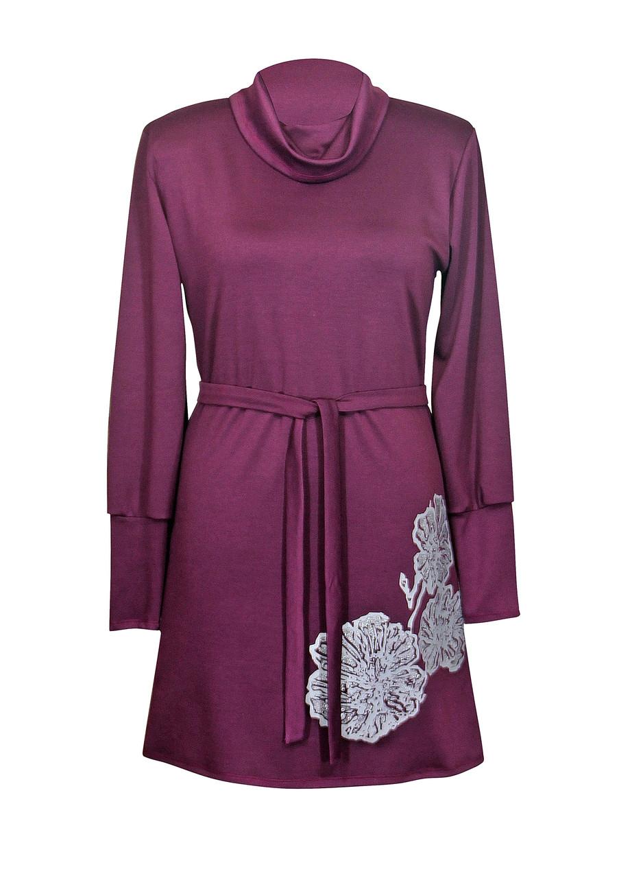 Классическое платье с воротником и поясом Маки