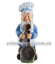 Садовая фигура Гном со сковородой, фото 2