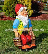 Садовая фигура Гном с ведрами, фото 3
