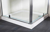 Душевой поддон из литого камня 100*100 с формованной панелью Huppe Verano 235012.055