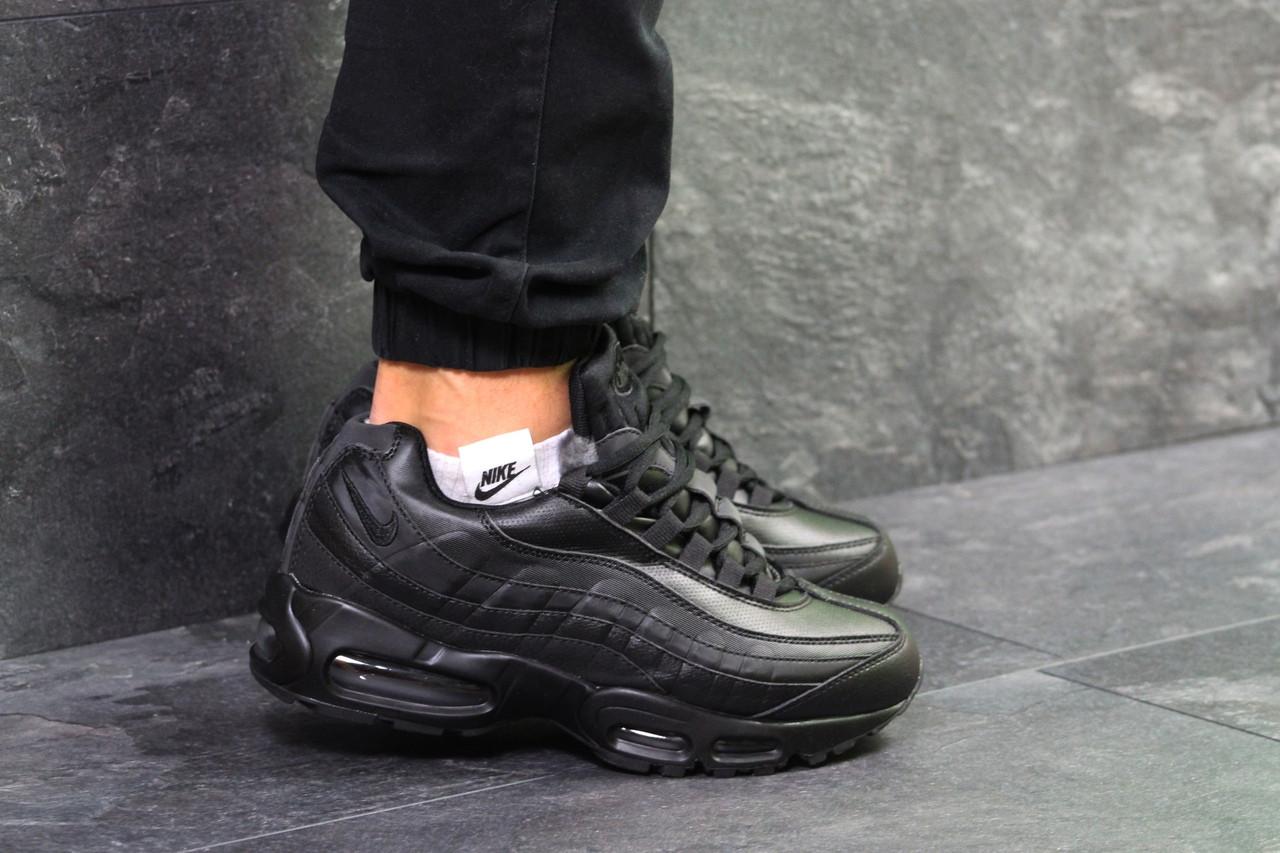 Мужские Зимние Кроссовки Nike Air Max 95 Black — в Категории ... 6ac8eca8490