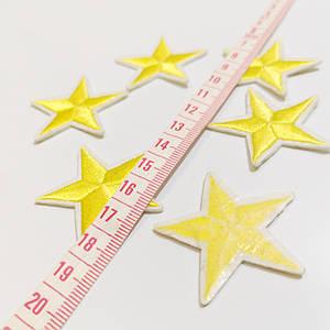 Термоаппликация мелкая звезда желтая