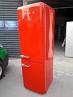 Ексклюзивный холодильник в ретро стиле Smeg FAB32RR1 Красный А++
