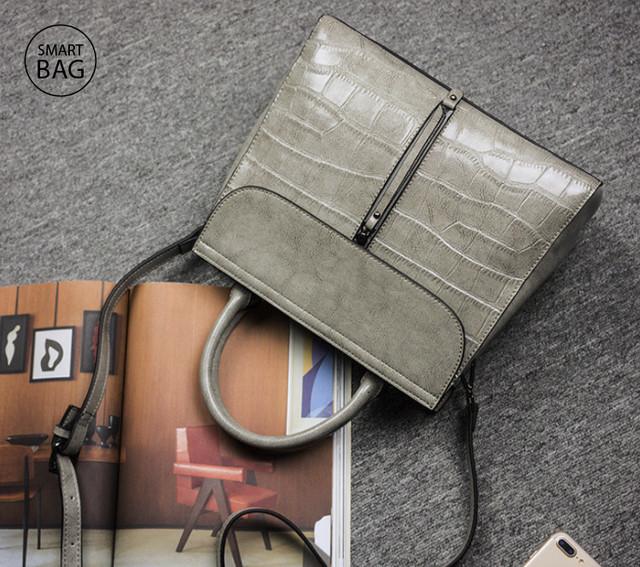 Повседневная классическая женская кожаная сумка | серая