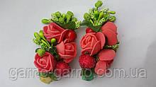 Заколка для волос с цветами коралловые красные розы