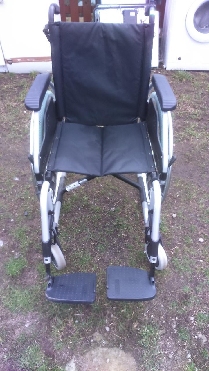 Інвалідне крісло MEYRA 40 см
