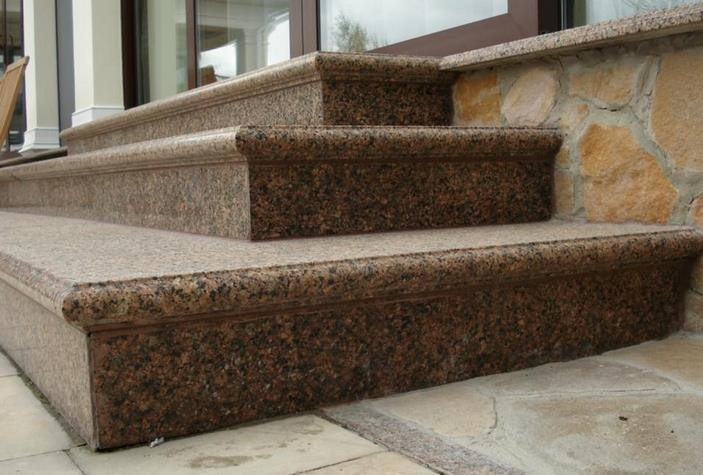 Виготовлення сходів з граніту
