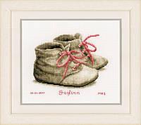 "PN-0162101 Набор для вышивки крестом Vervaco Baby Shoes ""Детские башмачки"", Код товара: 1062804"